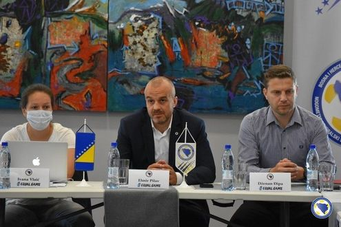Elmir Pilav, Football Association of Bosnia and Herzegovina, opened the round table in Bihac.